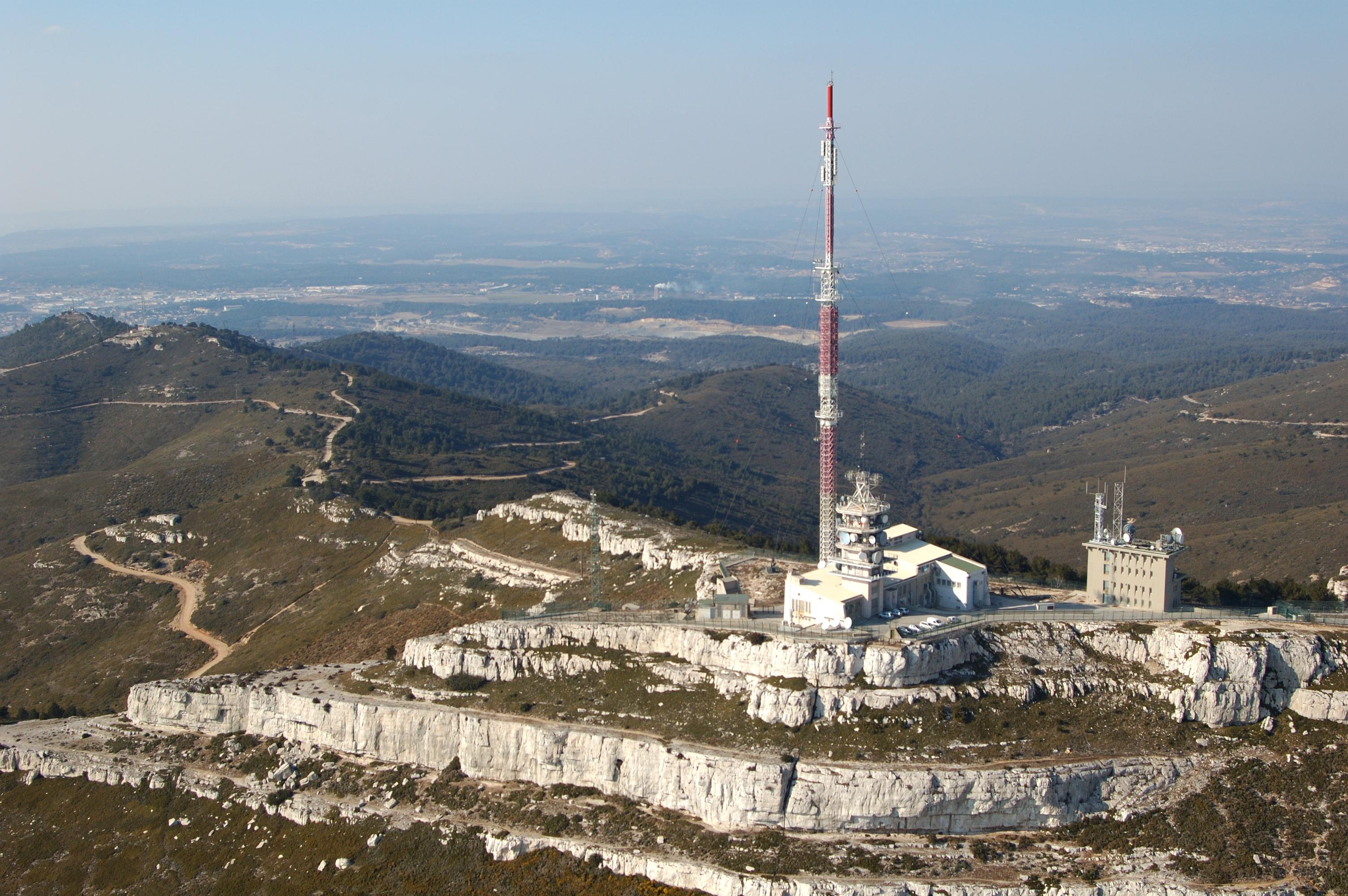 L'émetteur du massif de l'Étoile © TDF