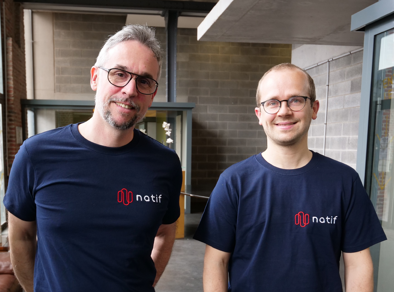 """Laurent Stock (à gauche) et Thomas Rouvillain (à droite). La jeune société se donne comme mission de rendre la communication des entreprises """"plus humaine et plus impactante""""."""
