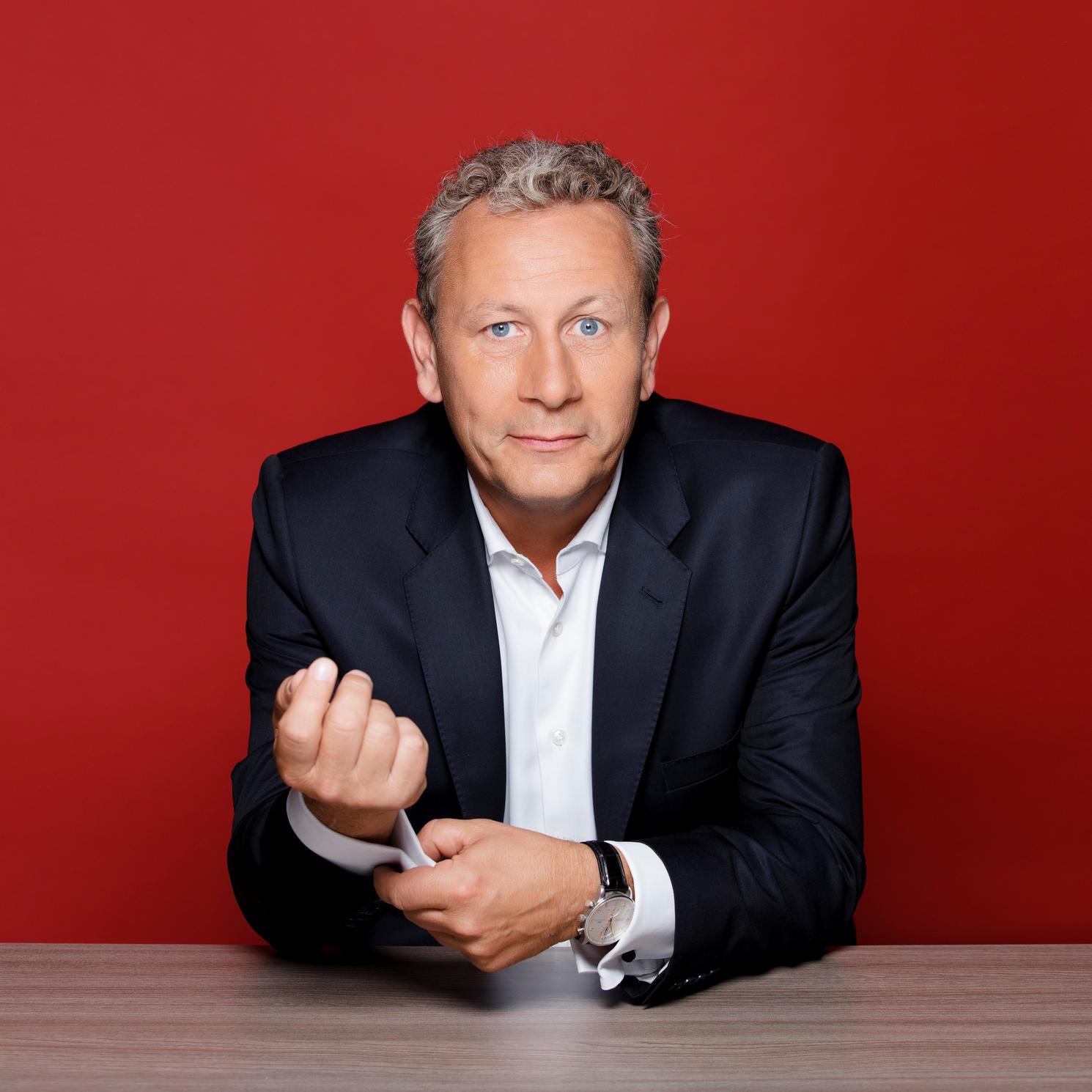 Depuis 17 ans, Alain Marty parle de vin à la radio. © D.R.