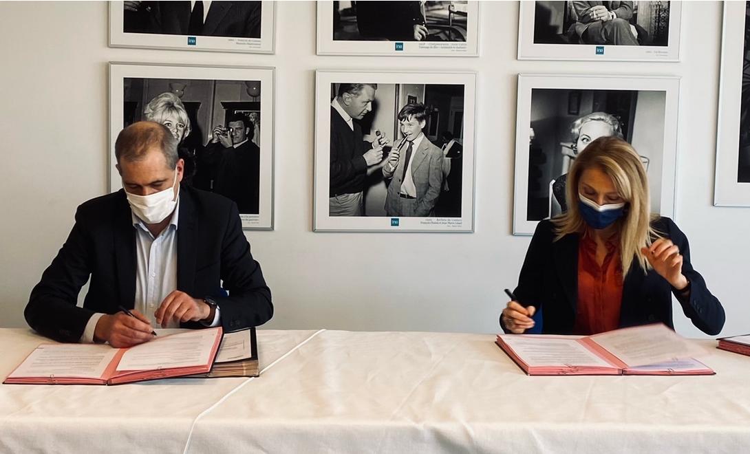 L'INA et Radio France signent une nouvelle convention cadre