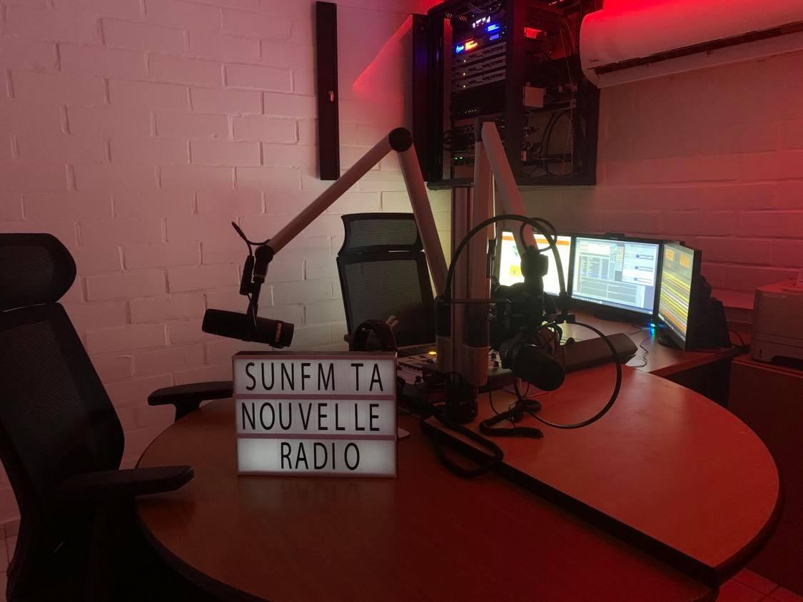 Sun FM est la seule radio associative de Mayotte à s'être dotée d'un studio professionnel. © D.R.