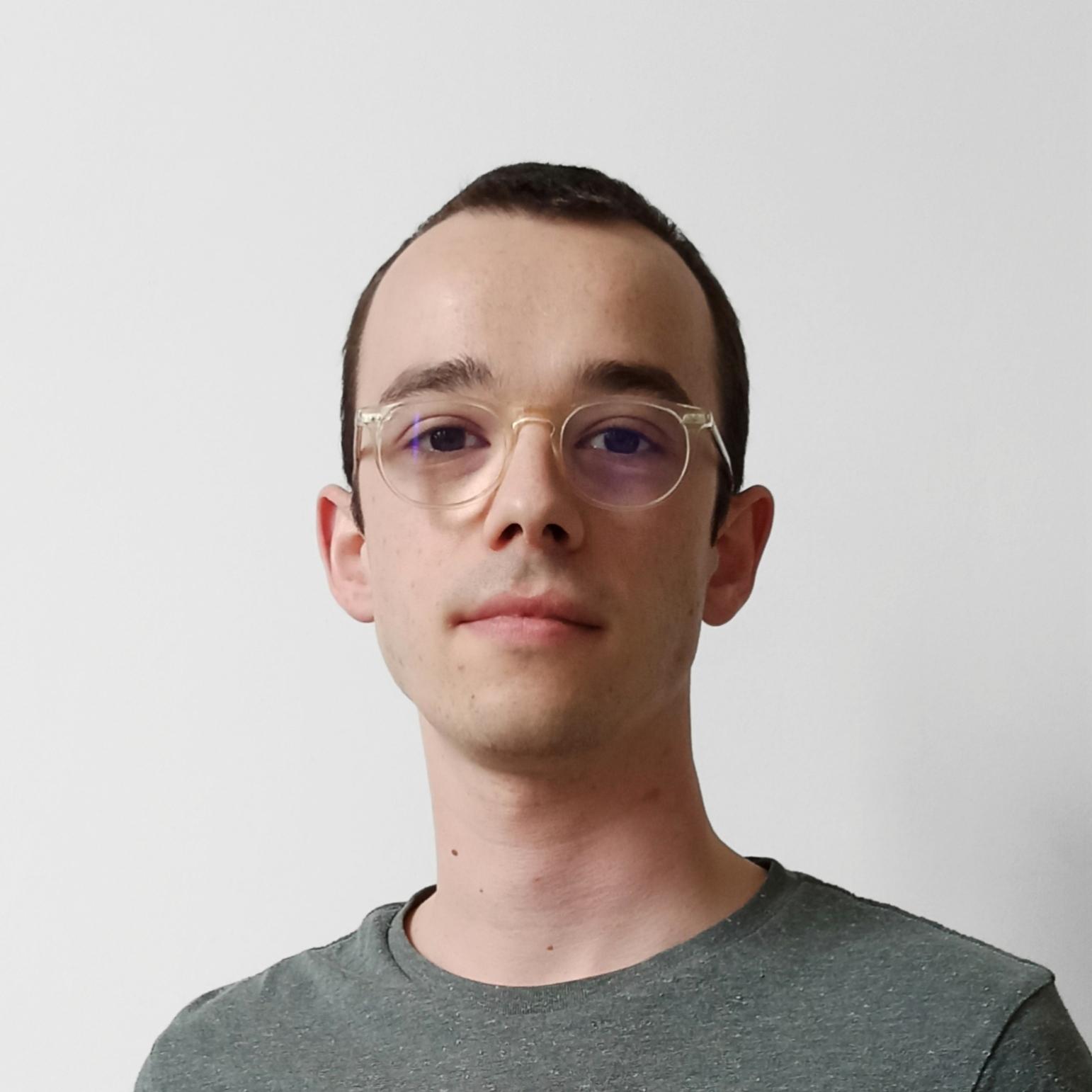 Raphaël Le Sergent est diplômé d'un Master en Marketing de l'IAE Paris-Sorbonne