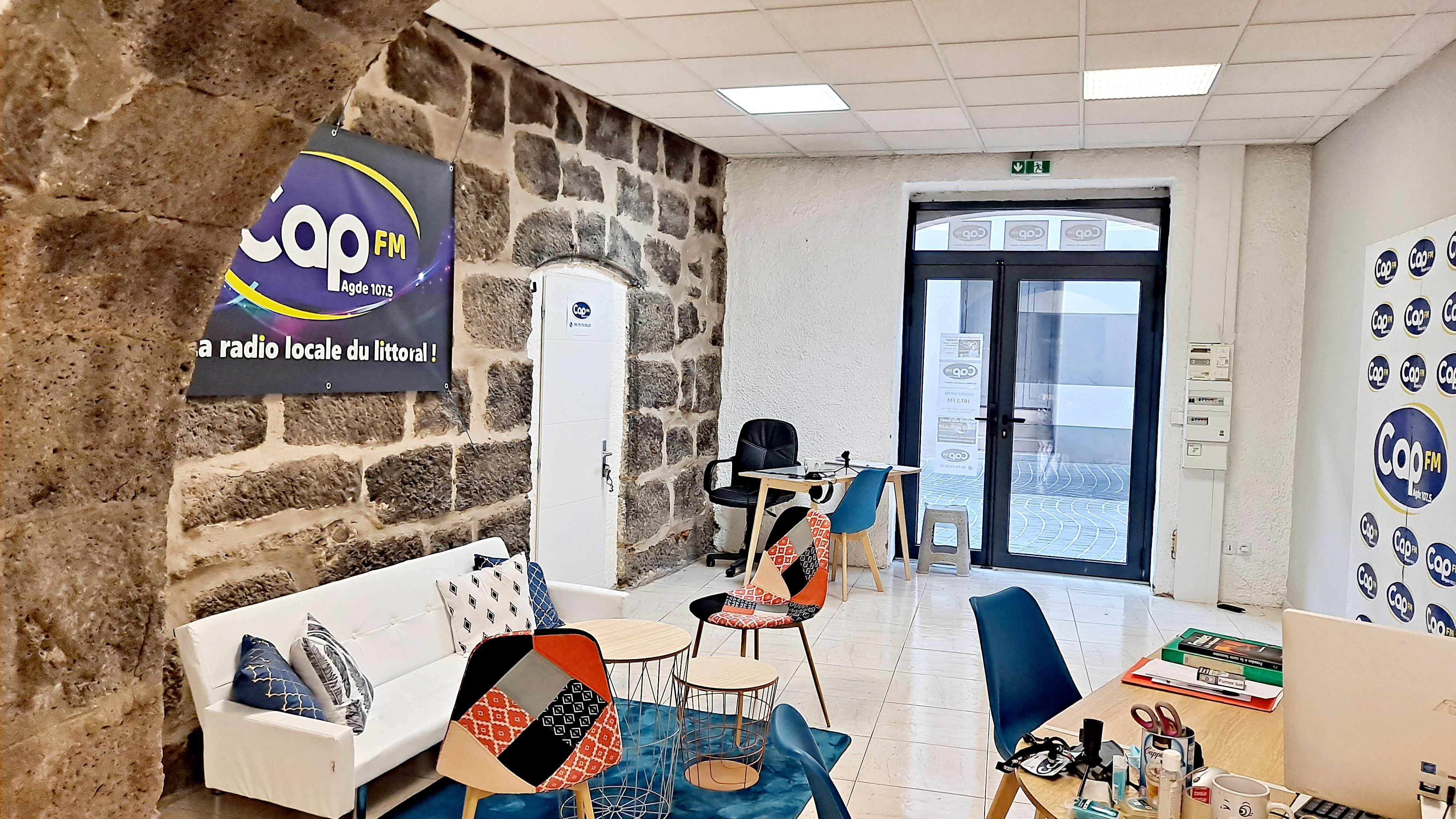 Les locaux de CAP FM au centre du vieil Agde
