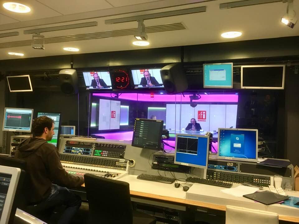 RFI România génère 11% d'audience hebdomadaire  soit un demi-million d'auditeurs chaque semaine en 2021. Par ailleurs, elle a enregistré 15 millions de visites en 2020 sur le numérique