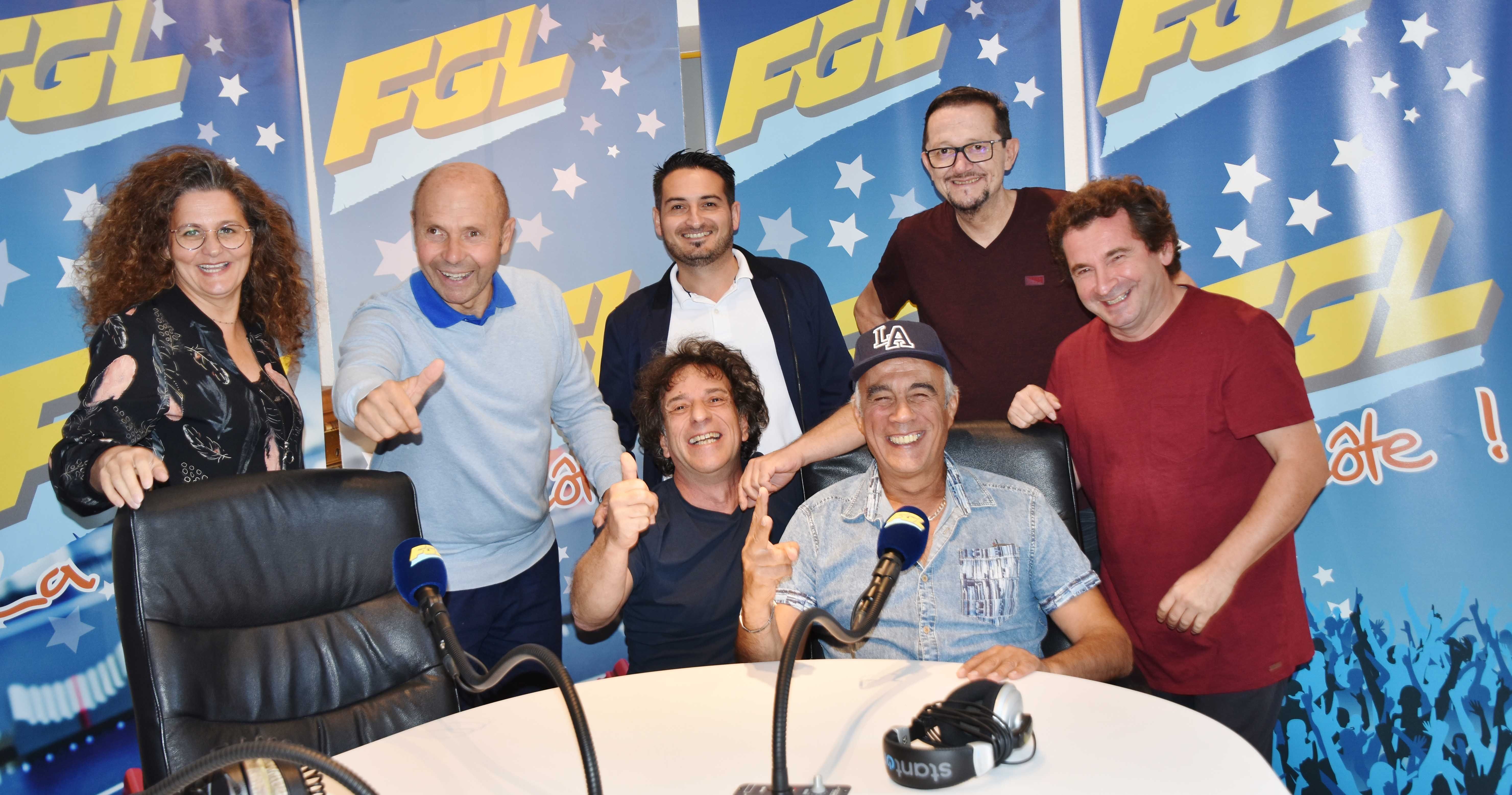 L'équipe de FGL attaque la saison tout sourire ! © FGL