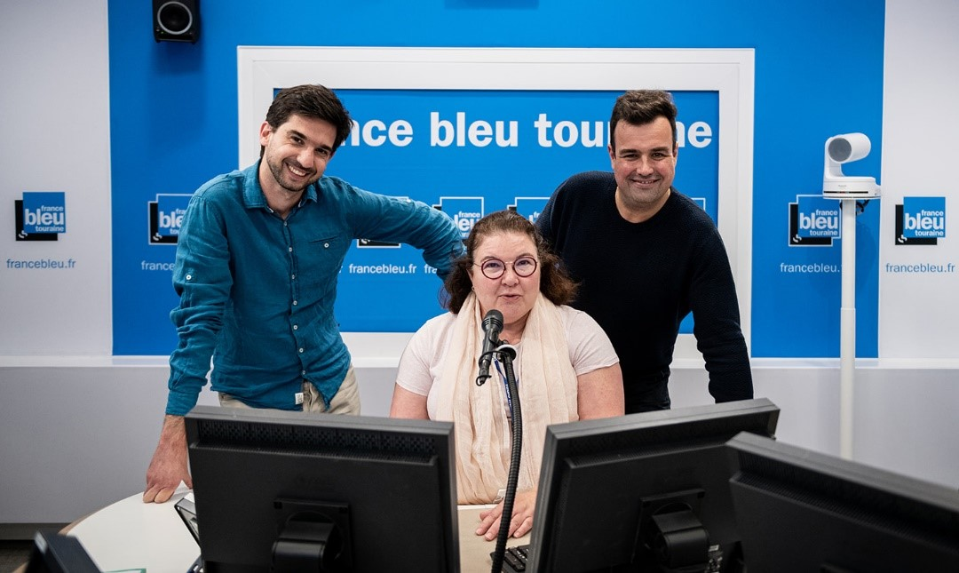 François Desplans (journaliste), Marie-Ange Lescure (journaliste) et Nicolas Bedin (animateur) : l'équipe de la matinale de France Bleu Touraine © Ivan Franchet