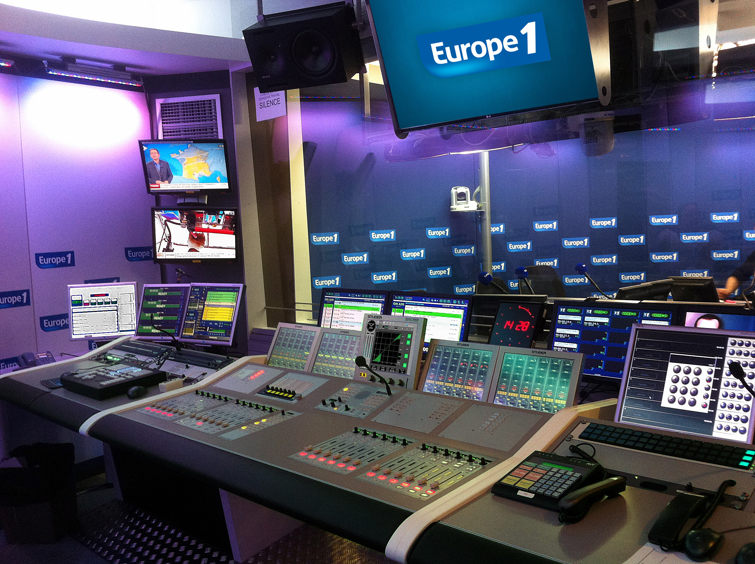 Europe 1 s'équipe en consoles Studer On-Air 3000