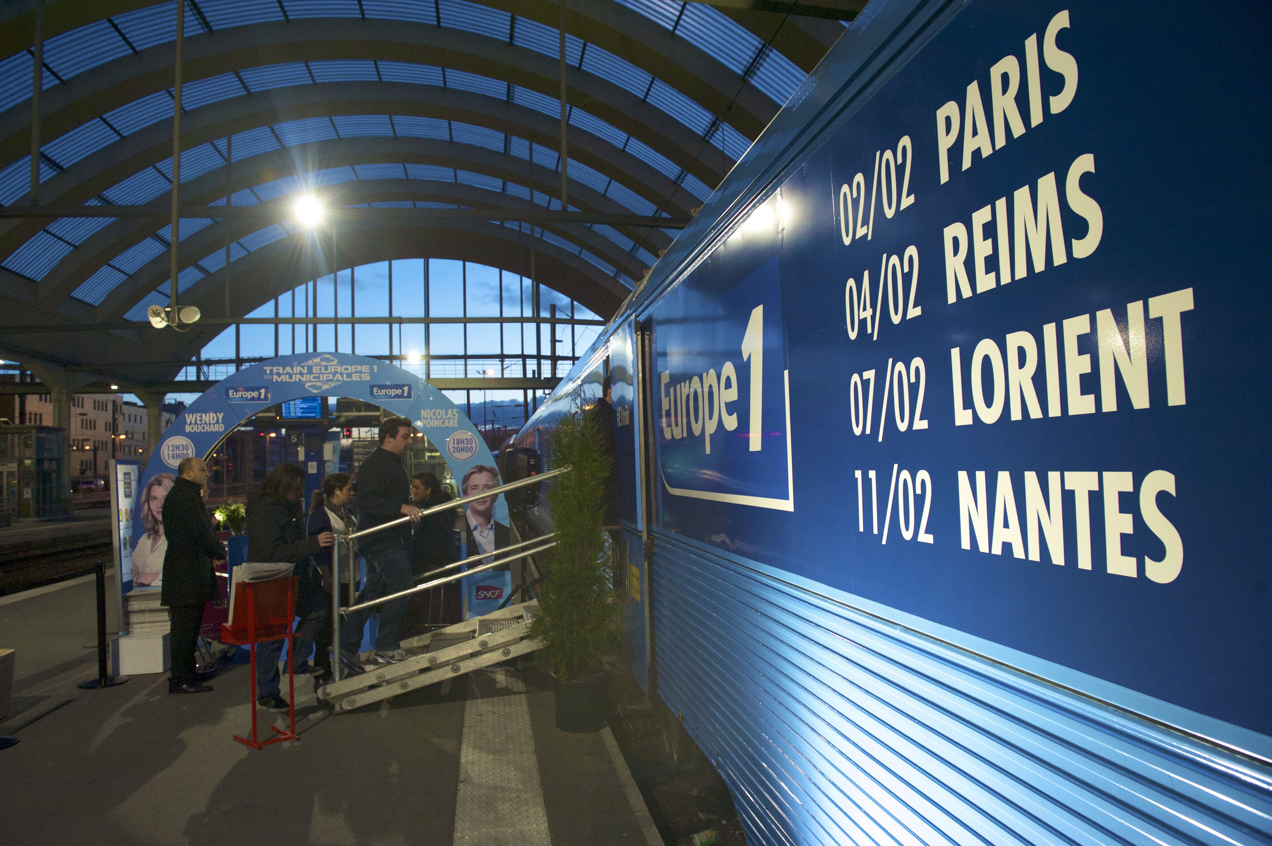 Embarquement immédiat dans le Train Europe 1 © Benjamin Segura - CAPA Pictures