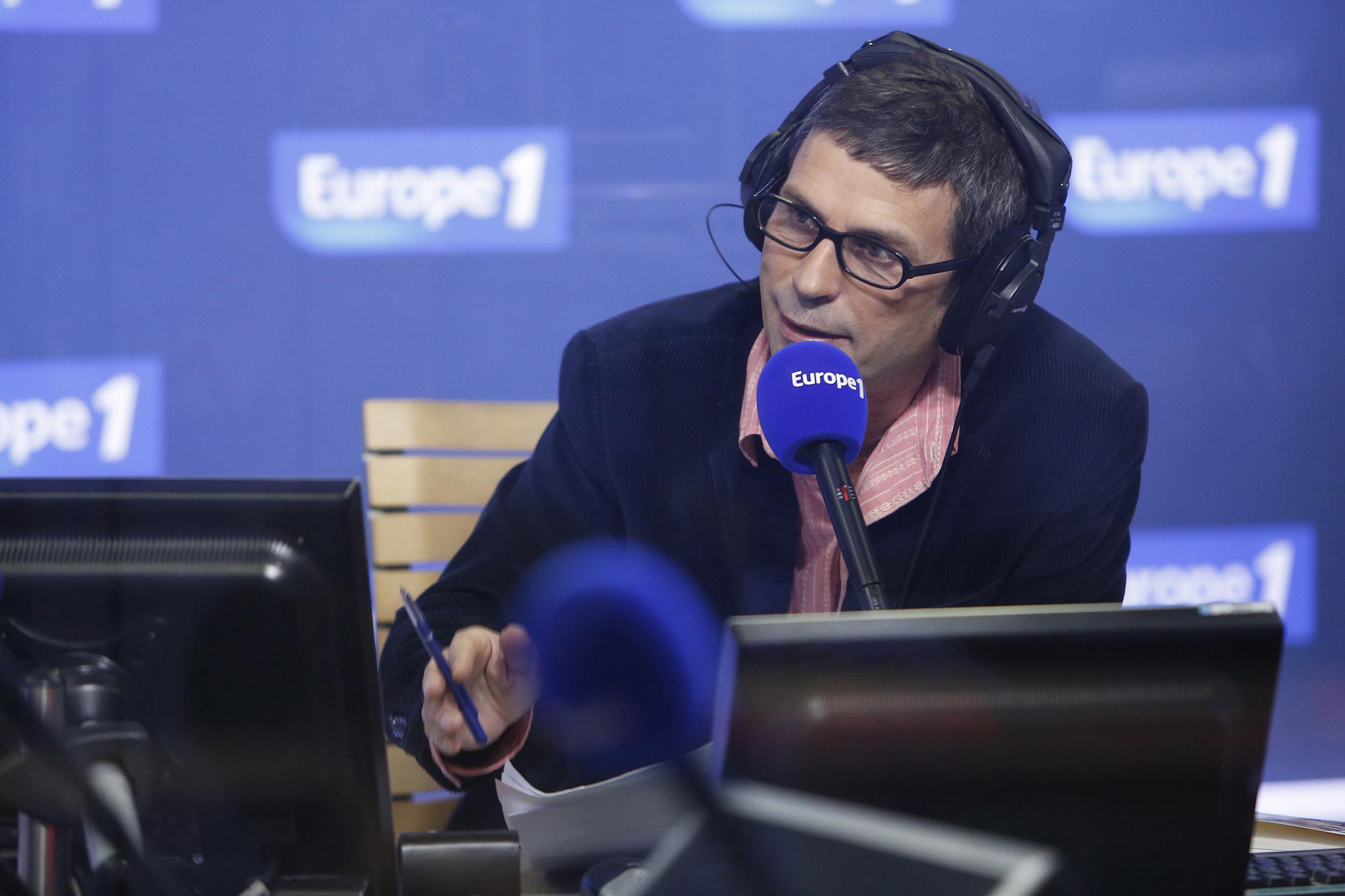 Frédéric Taddeï gagne des auditeurs, en un an comme en une vague, avec chaque soir 209 000 auditeurs à l'écoute © CAPA Pictures / Europe 1