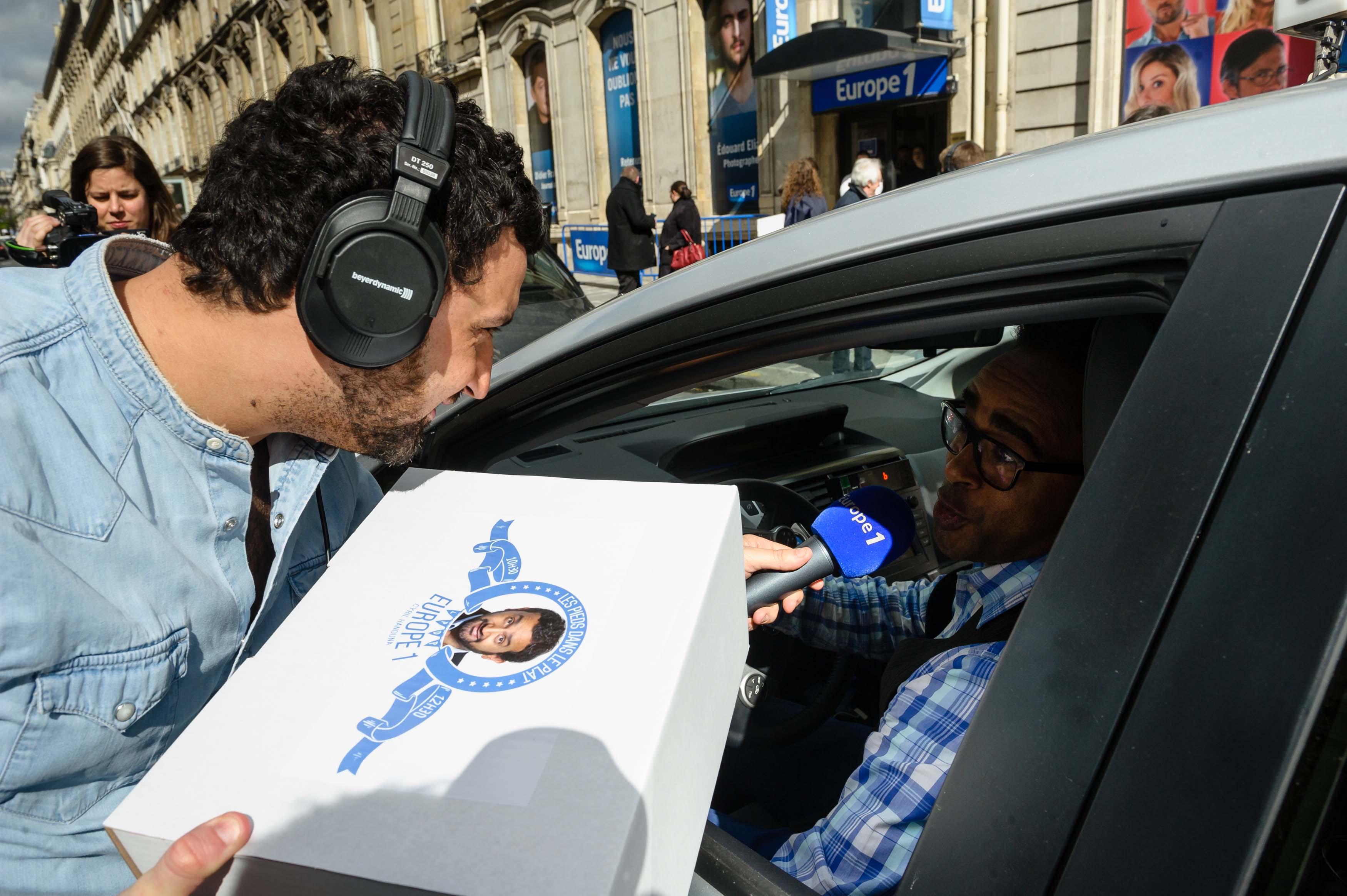 Plus de 200 taxis devant Europe 1