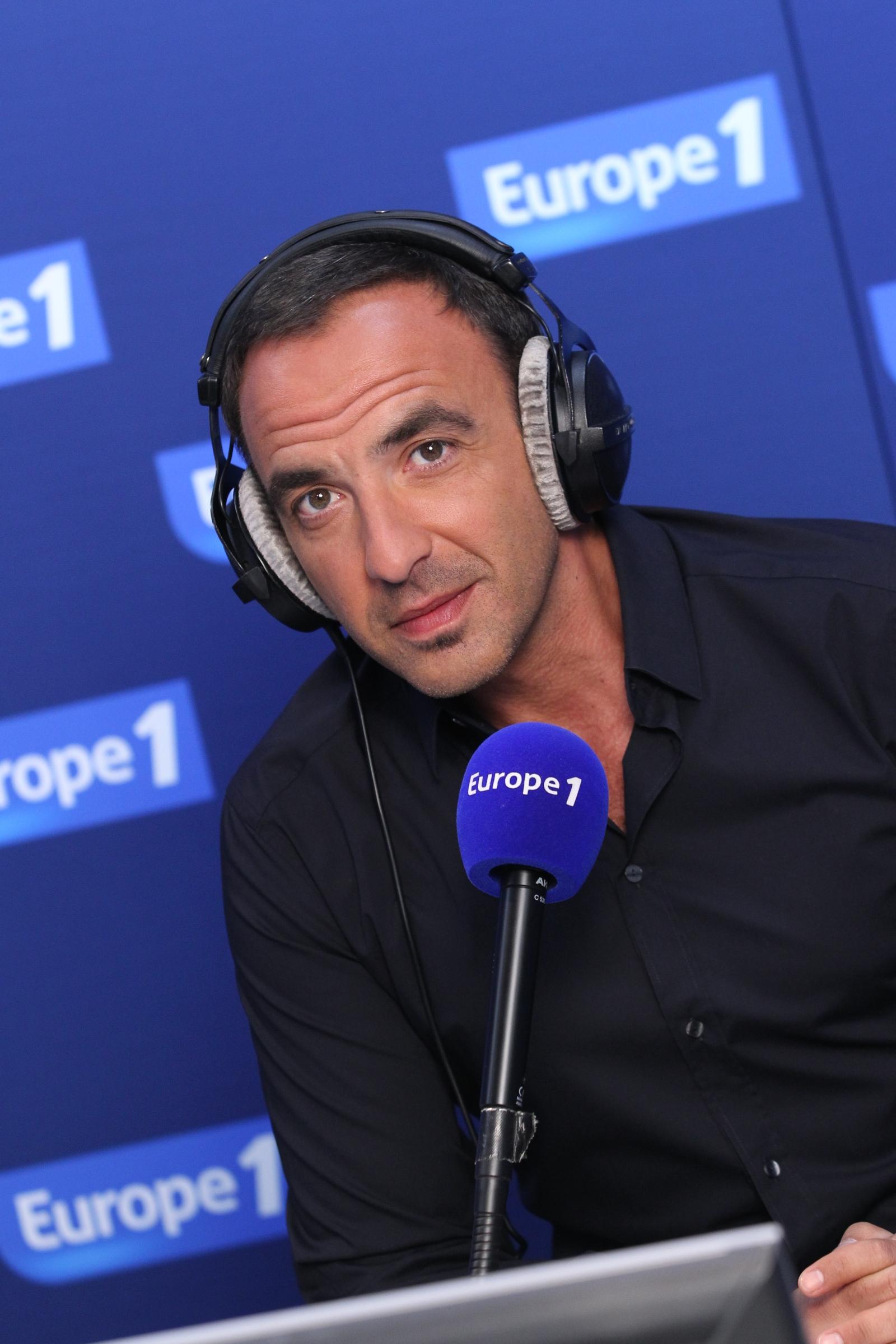 Nikos fête son 500ème invité sur Europe 1