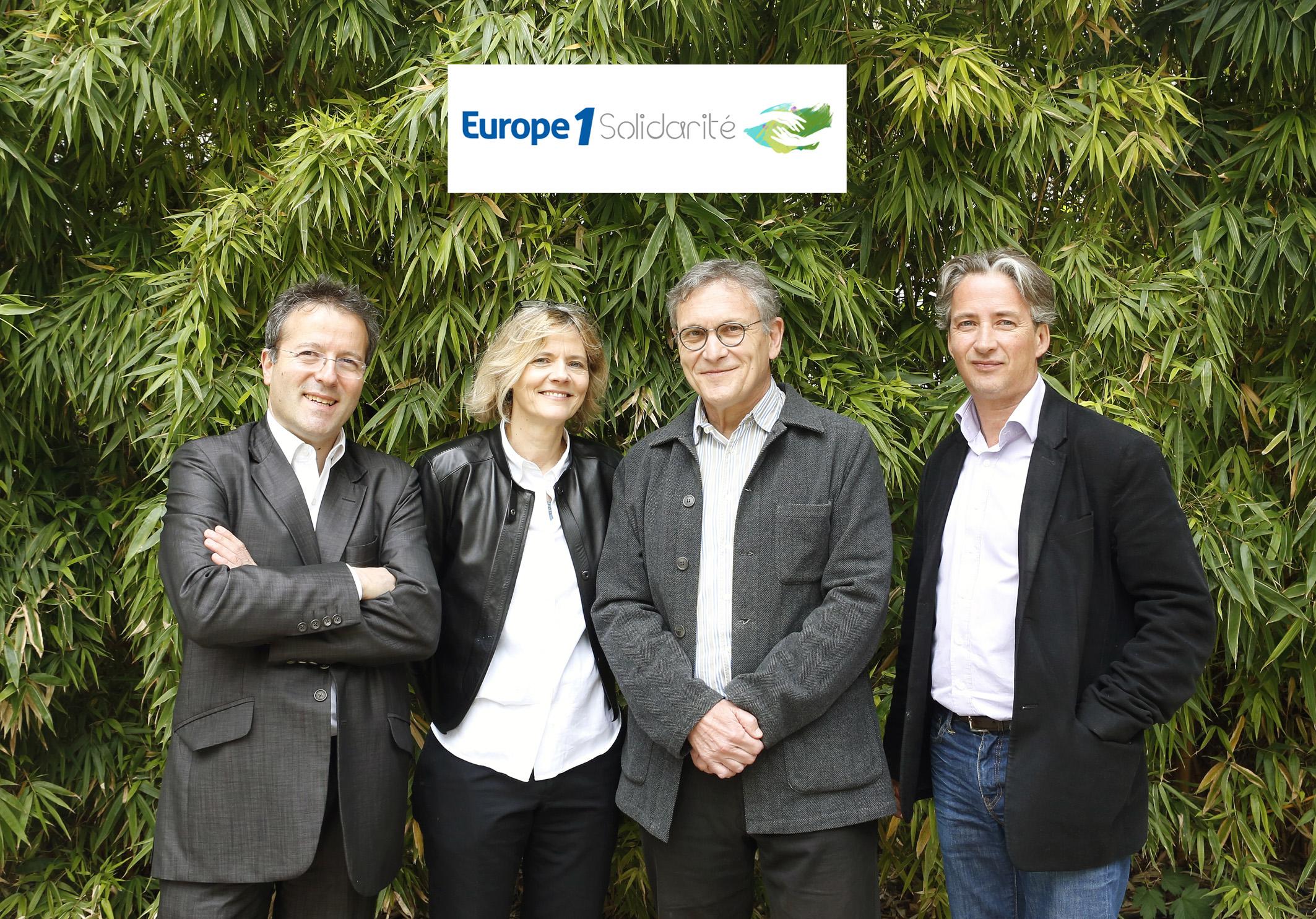 """""""L'Outil en Main"""" reçoit le Prix Europe 1 Solidarité"""