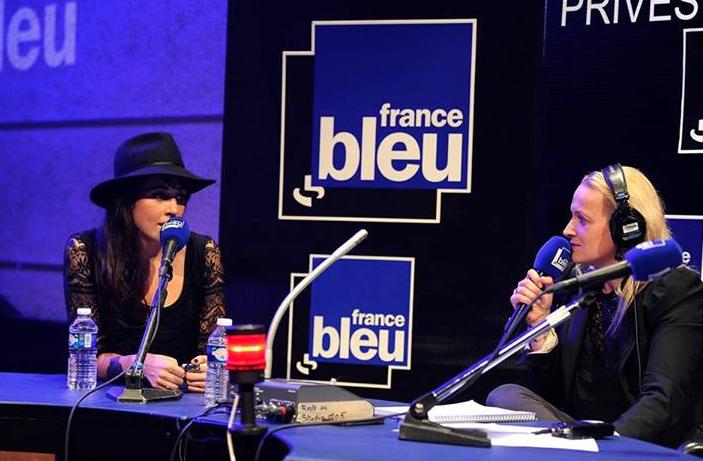 Nolwenn Leroy au micro d'Elodie Suigo en octobre dernier © Christophe Abramowitz – Radio France