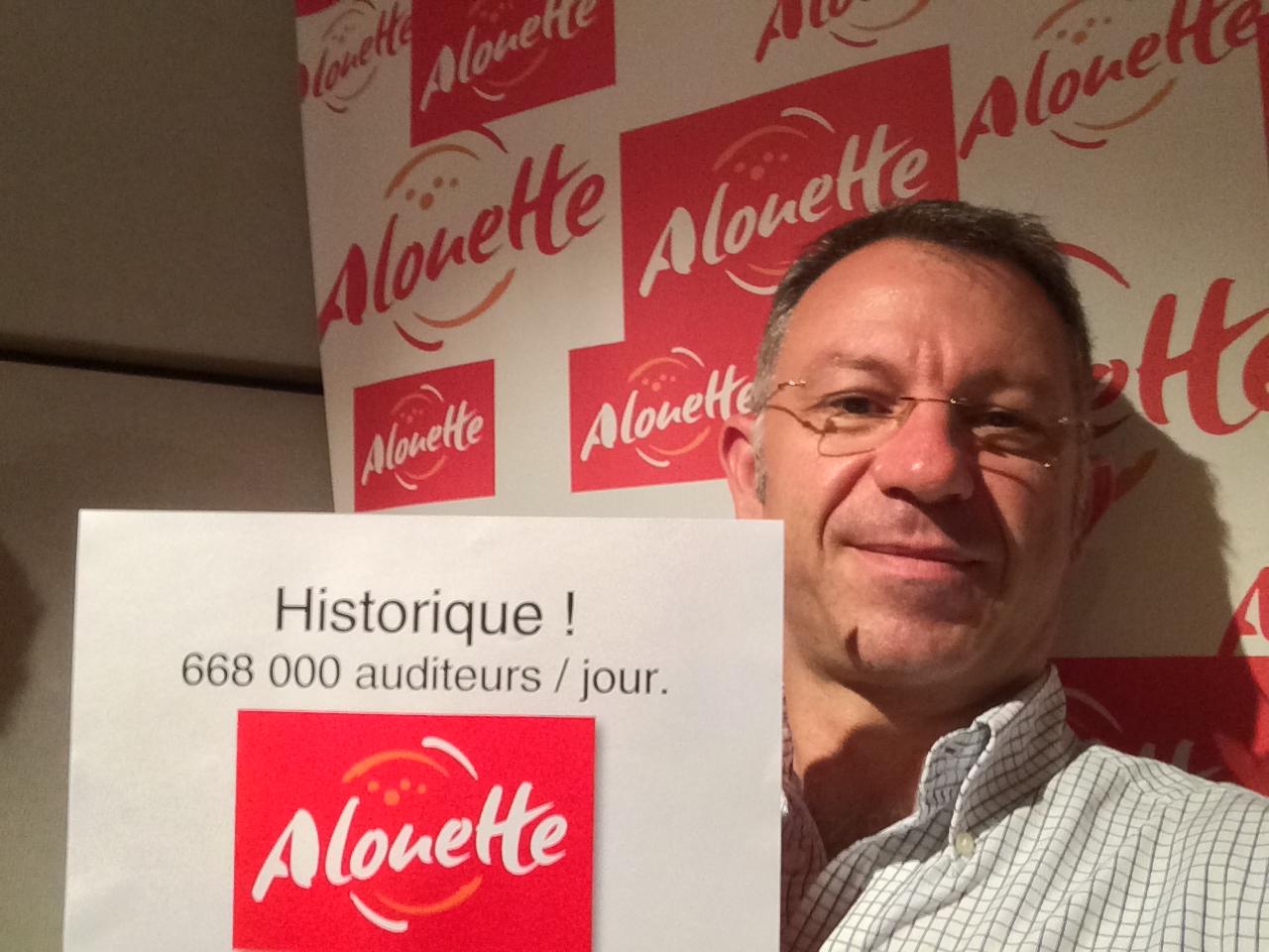 Il n'en revient pas lui-même: Sébastien Lebois est l'heureux directeur des programmes d'une radio qui fracasse tous les records.