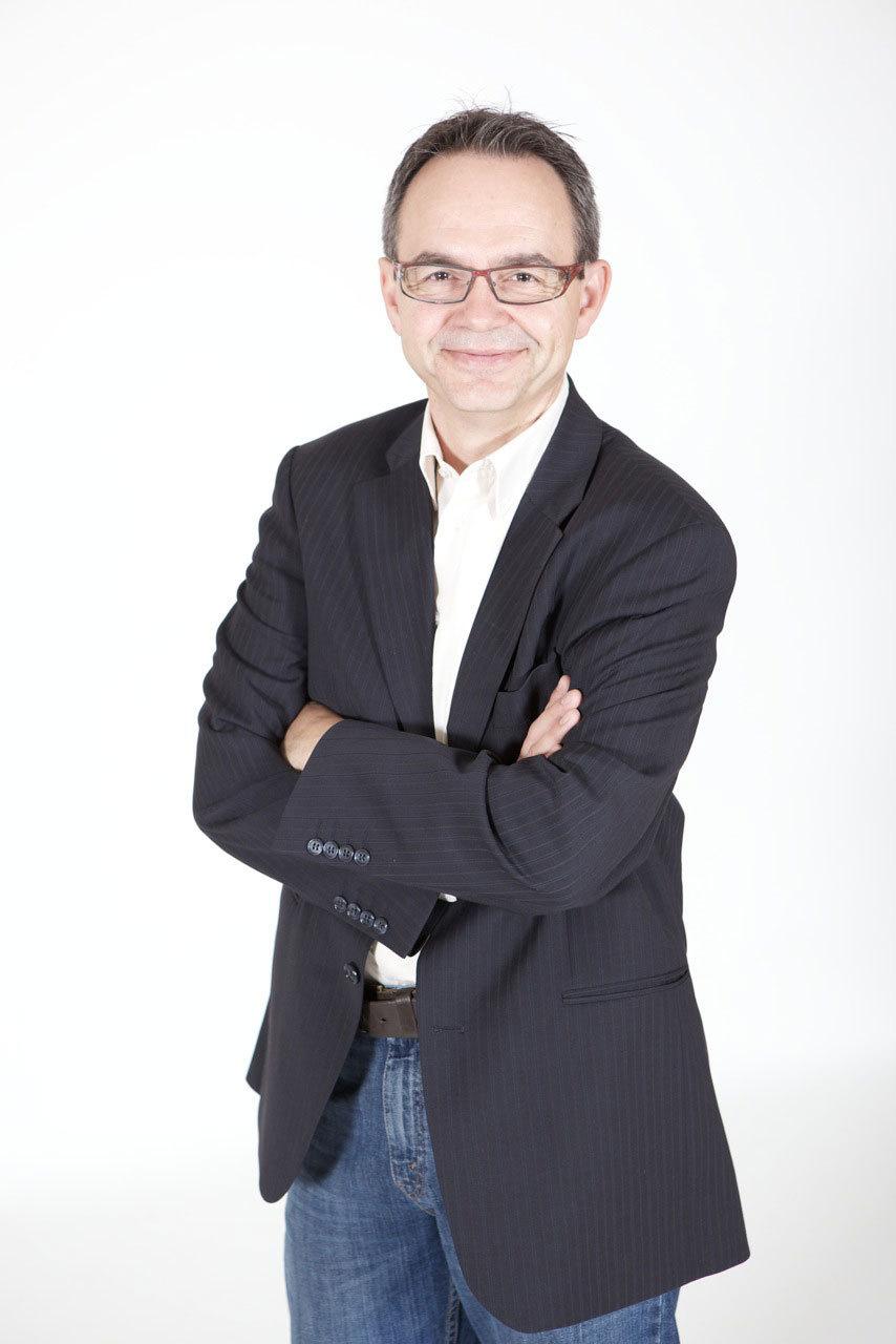 Claude Greder le porte-parole des radios Phare FM