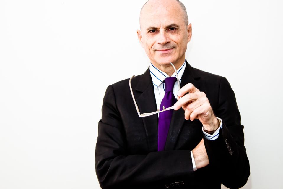 Arnaud de Saint-Roman a fait de la recherche musicale online une de ses spécialités
