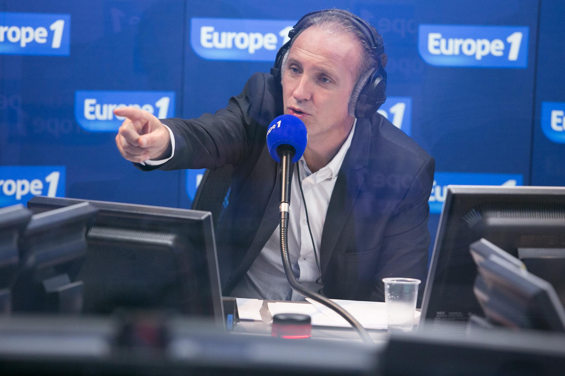 Europe 1 Week-end ce dimanche de 12h à 13h en direct de Lille avec Patrick Roger  qui recevra Martine Aubry