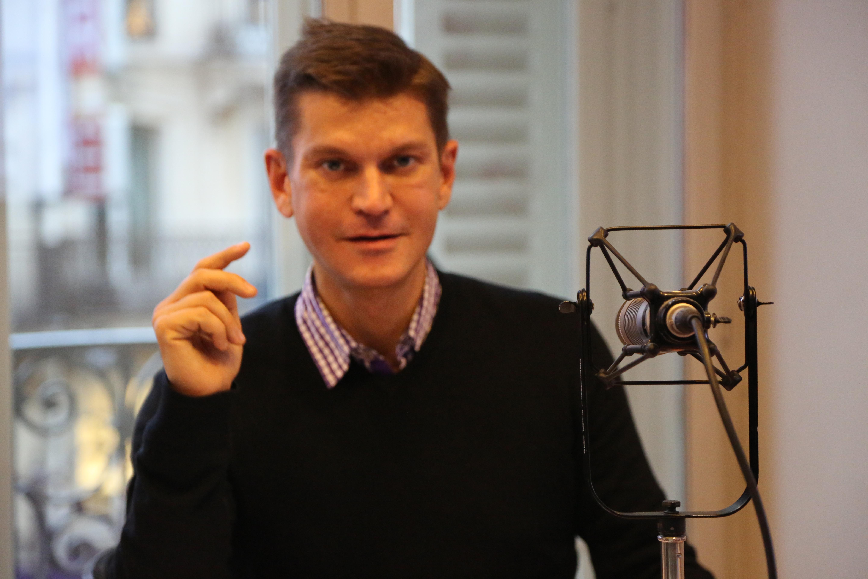 Antoine Baduel, toujours aux commandes de son show quotidien, l'Happy Hour. (Photos Serge Surpin)