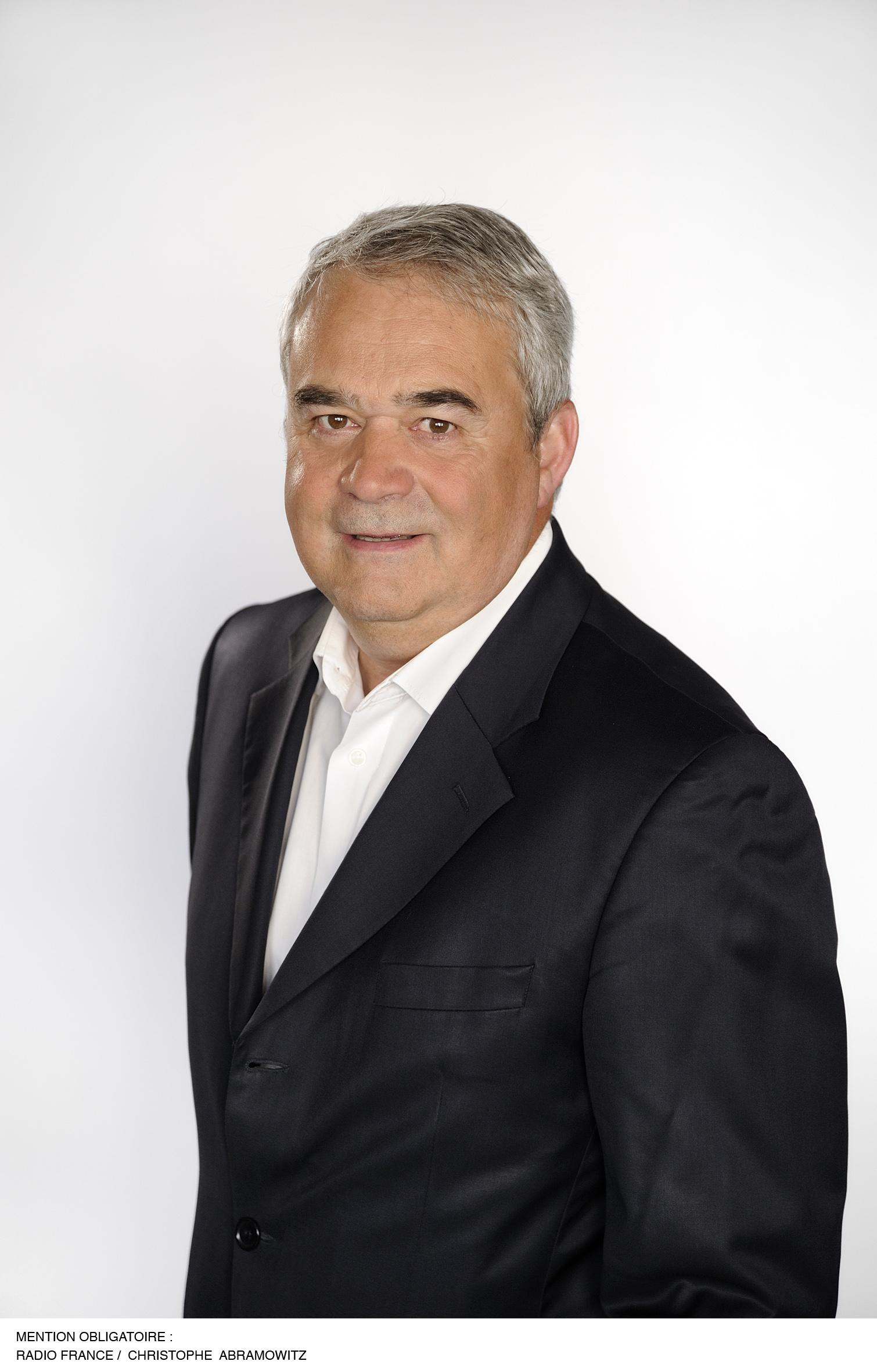 Claude Esclatine est le directeur du réseau France Bleu depuis le printemps 2014.