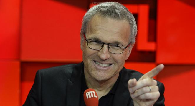 Laurent Ruquier gagne à lui tout seul près de 500.000 auditeurs sur la vague! En début de saison, nombreux étaient les observateurs à parier sur un effondrement des Grosses Têtes. (Photo RTL)
