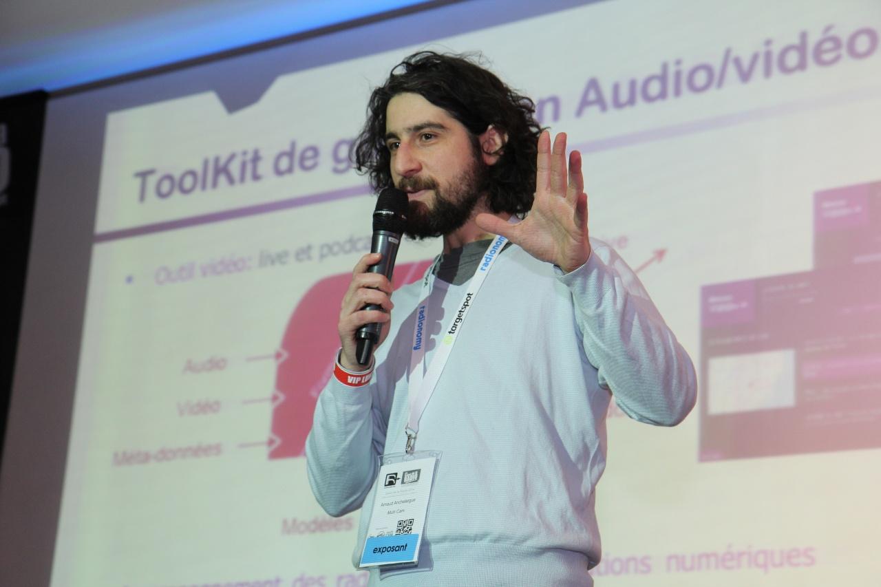 Arnaud Anchelergue dirige Multicam System, une société qui intervient au Oüi FM Festival © Serge Surpin