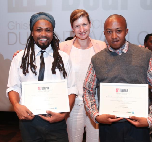 Cécile Mégie et les deux lauréats de la Bourse Ghislaine Dupont et Claude Verlon 2015 à Madagascar