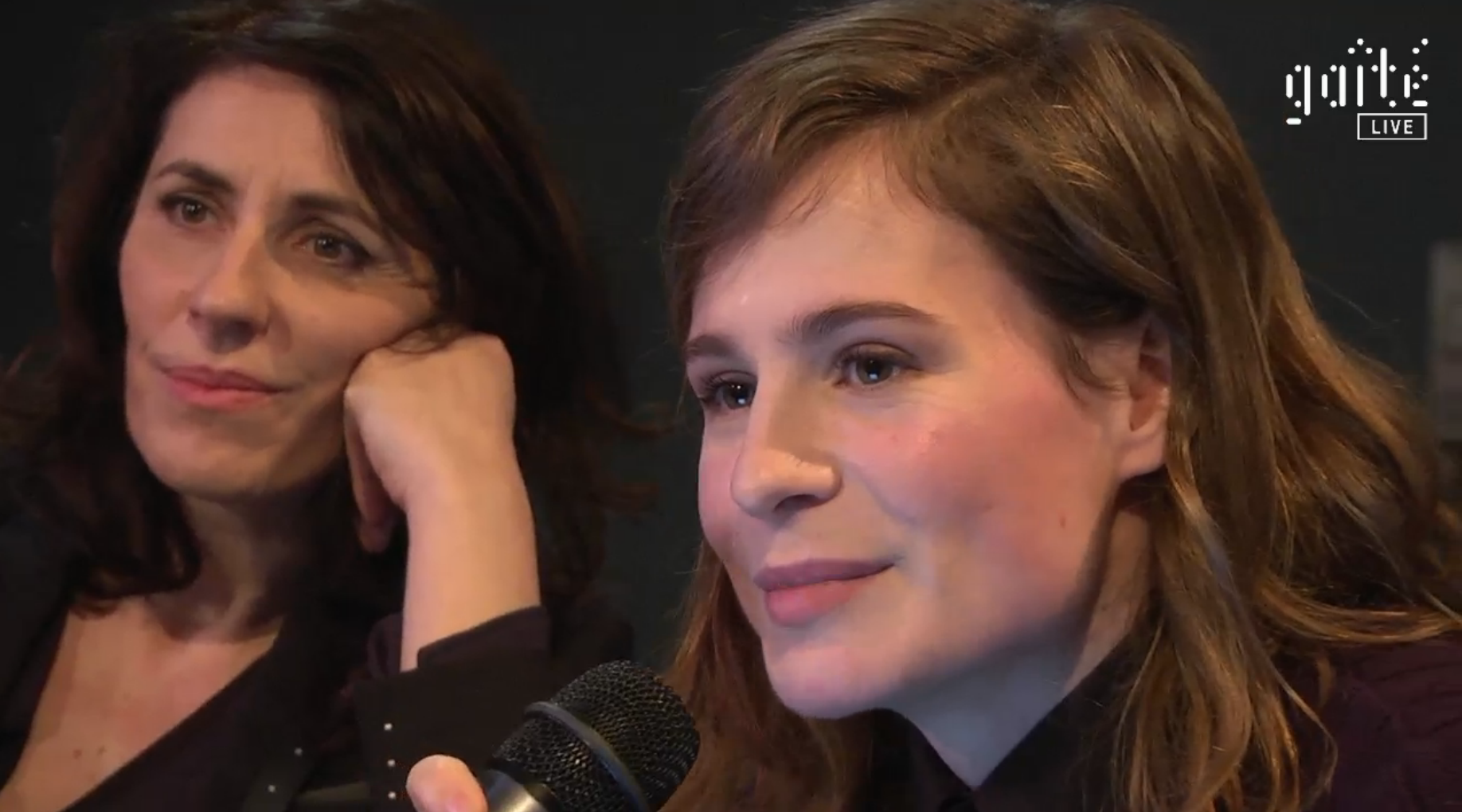 Christine & The Queens lance une radio éphémère