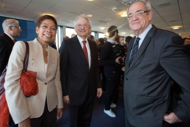 George Pau-Langevin (ministre des Outre-Mer), Olivier Schrameck (président du CSA), Patrice Gélinet (membre du CSA). © Romuald Meigneux / CSA