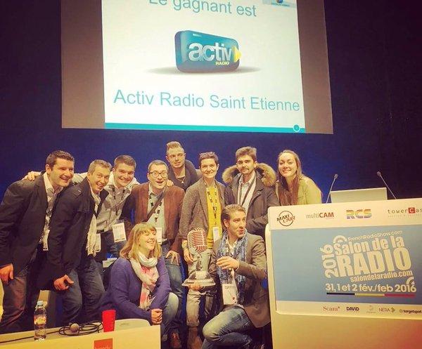 L'équipe de Activ Radio en force au Salon de la Radio pour recevoir son Prix ON'R © Twitter Jérôme Jarny
