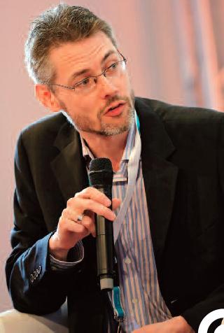 James Cridland est un futurologue de la radio. Il publie une lettre hebdomadaire sur james.cridland.net