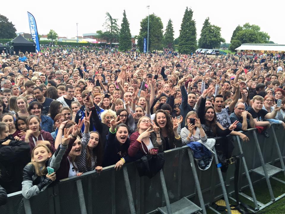 Plus de 14 000 auditeurs hier soir pour le Grand Live et un... accouchement © Contact FM