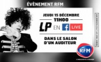 LP chante dans le salon d'une auditrice de RFM