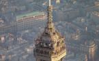 Travaux de maintenance à la Tour Eiffel