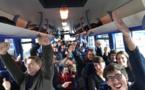 Contact FM transporte ses auditeurs dans un Grand Bus