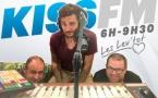 La matinale Les Lèv'tôt restera en place pendant l'été sur Kiss FM.