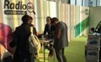 RadioDNS : comment écouter la radio hybride en mobilité ?