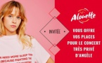 La chanteuse Angèle dans les studios d'Alouette
