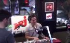 Charlie Puth vient faire une surprise dans le Morning de NRJ