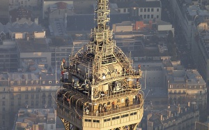 TDF réalise des travaux sur ses installations de la Tour Eiffel