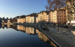 Lyon : les radios s'inquiètent de l'arrivée d'une antenne locale de BFM
