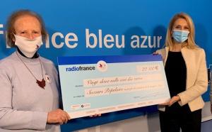 Radio France remet un chèque aux sinistrés de la tempête Alex