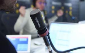 franceinfo fait découvrir aux plus jeunes les coulisses du métier de journaliste