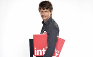 Yann Chouquet, directeur d'antenne, a plein de nouveaux programmes dans sa valise. © Christophe Abramowitz - Radio France.