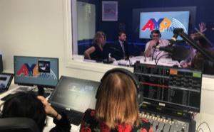 Broadcast-associés fait passer AYP FM dans l'ère de la radio visuelle