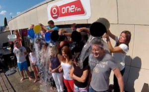 """Ice Bucket Challenge"" pour One FM"