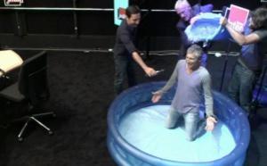 "Nagui relève le ""Ice bucket challenge"""
