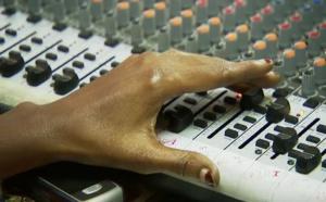 Sierra Leone : la radio remplace les écoles fermées à cause d'Ebola