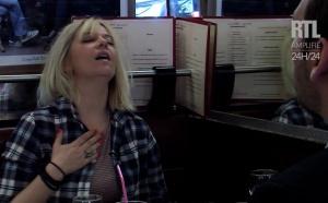 Flavie Flament simule un orgasme pour teaser son émission