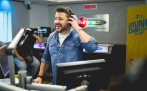 Bruno Guillon depuis le Grand Studio RTL