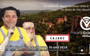 Totem à Cajarc pour rendre hommage à Coluche